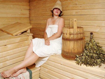 Как правильно париться в бане   Я лечу сама: http://yalechusama.ru/kak-pravilno-paritsya-v-bane.html