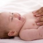 <b>Почему болит животик у младенца</b>