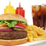 <b>Гамбургер без прикрас. Бочка дегтя в тарелку имениннику</b>