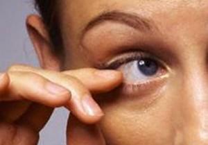 Причины рези в глазах: профилактика
