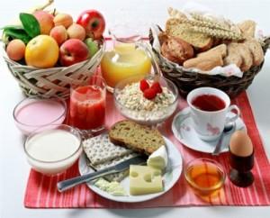Увеличение количества жиров и углеводов в рационе